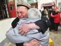 新疆夫妇苏州谋生受热心房东照顾 15年后终团聚